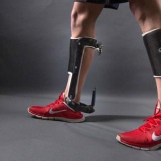 mechanical-exoskeleton-boot-01-620x400